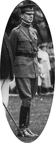 180px-Douglas_MacArthur_as_USMA_Superintendent