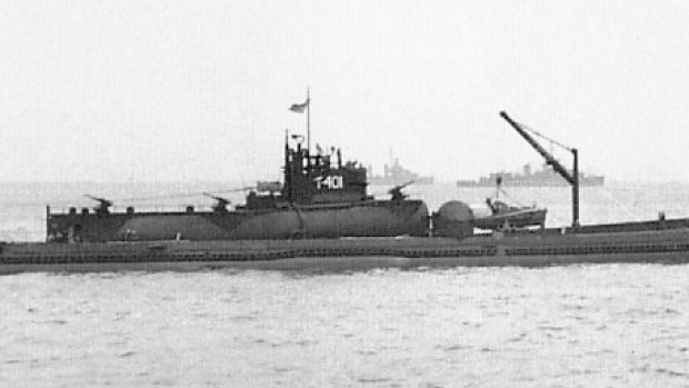 japanese-sen-toku-i-400-submarine
