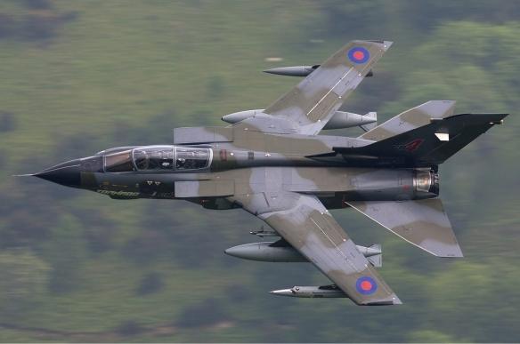 RAF_Panavia_Tornado_GR4_Lofting-1