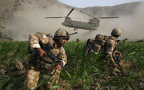British Paratroopers Conduct Operation To Capture Taliban Leaders...SEGERA, AFGHANISTAN - JULY 5:  British Paratroopers from the 3rd Battalion Parachute Regiment deploy from Chinook Helicopters during an operation to capture Taliban leaders on July 5, 2008 in the village of Segera, Kandahar Province. Afghanistan. The 3rd Battalion Parachute Regiment conducted a joint operation with U.S led Task Force Paladin and Afghan Border Police in the village of Segera in the Province of Kandahar to capture Taliban leaders. According to the military, during the operation about eight Taliban were captured and detained.  (Photo by Marco Di Lauro/Getty Images)
