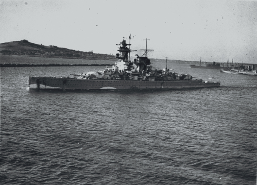 Graf_Spee_in_Montevideo