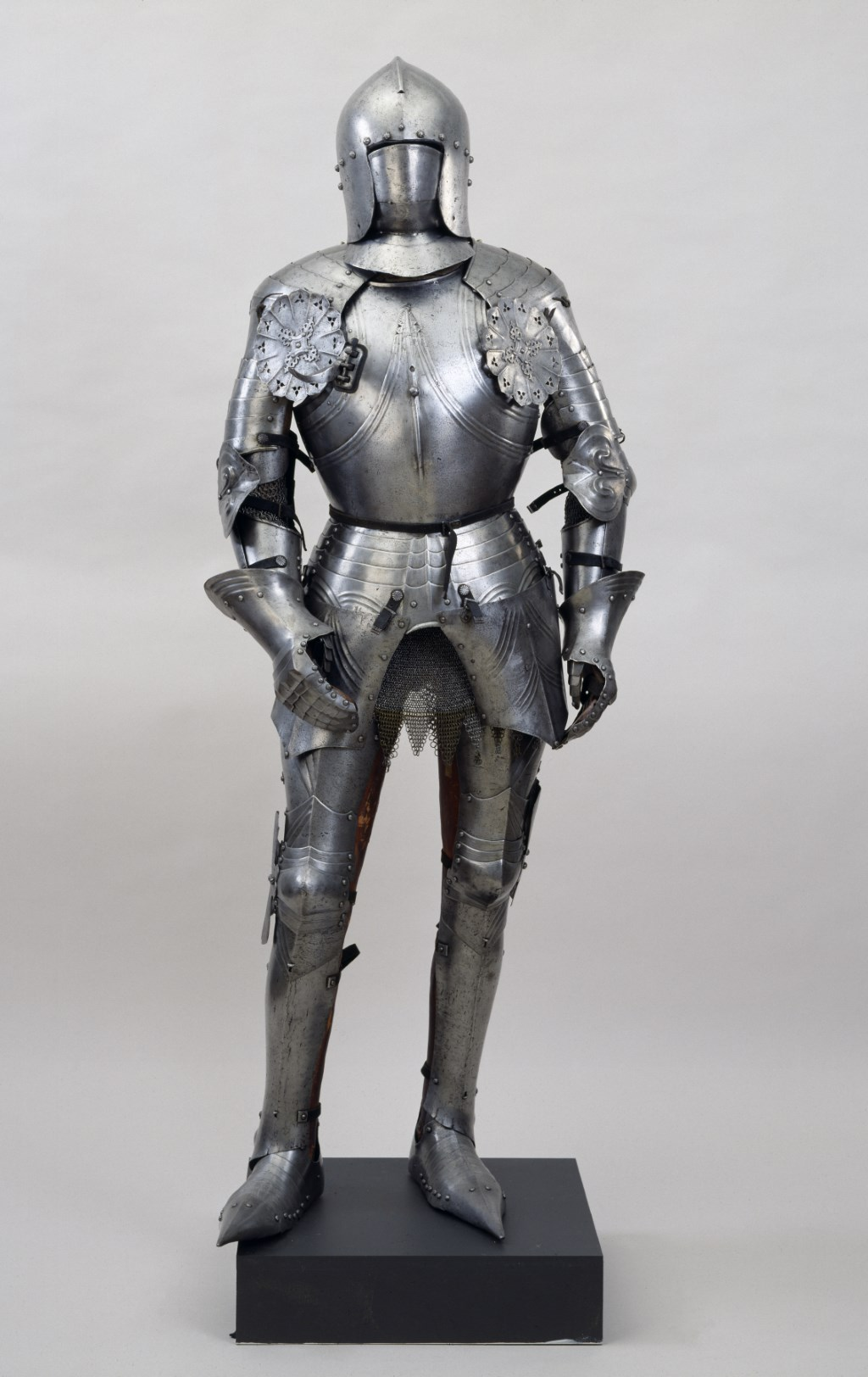 Late Armor | Weapons and Warfare
