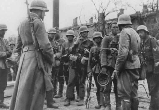 389th-briefing-Stalingard