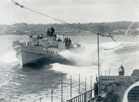 auslaufen kanalhafen