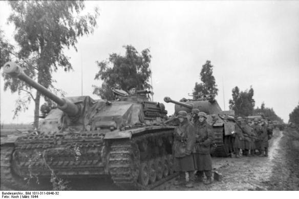 Italien, bei Nettuno, Panzerkolonne