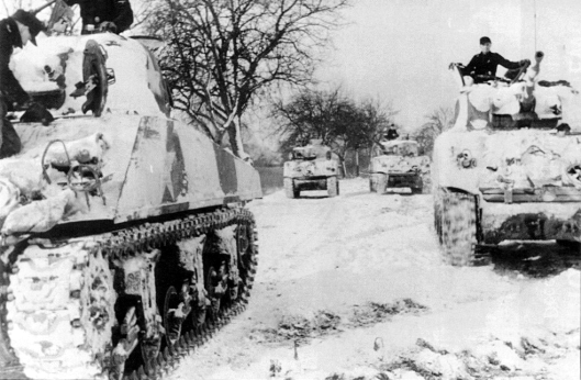 captured-shermans-used-by-frundsbert-january-1945