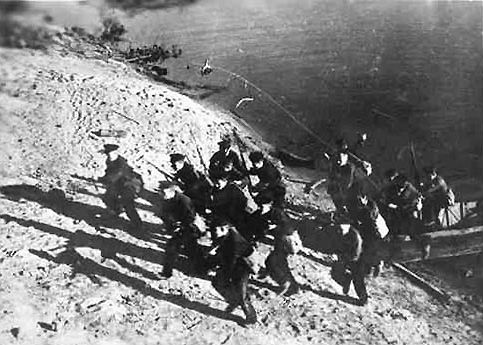 """""""Black devils""""(Soviet marines) landing. Autumn 1942."""