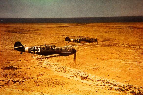 Bf_109Es_JG_27_on_flight_over_North_Africa_c1941