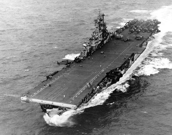 USS_Intrepid_1944;021125