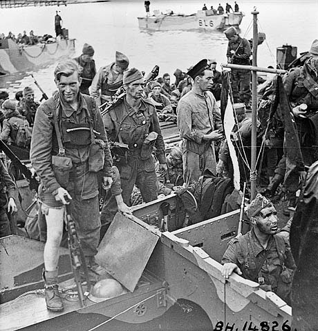 Commandos-back-from-Dieppe
