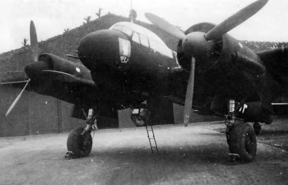 Ju_88_C-4_R4-AA_Stab.NJG_2_Maj_Karl_Hulshoff_1941