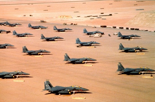 Multiple_F-15E_parked_during_Operation_Desert_Shield