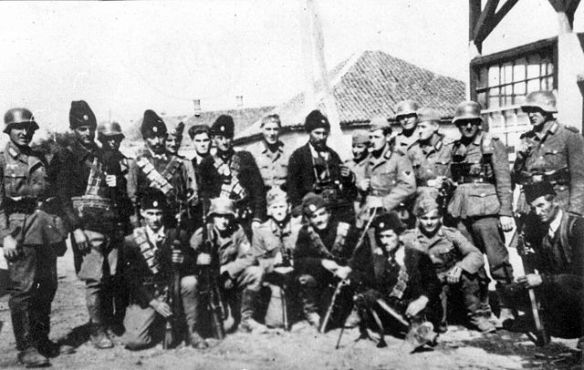 640px-Chetniks_pose_with_German_soldiers
