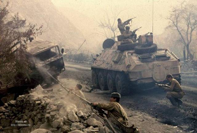 soviet intervention in afghanistan Timeline: soviet war in afghanistan a chronology of key events around the 1979 soviet invasion of afghanistan and the decade-long war it sparked president nur muhammed taraki speaks at a press conference in 1978.