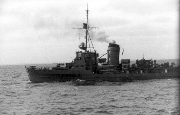 Bundesarchiv_Bild_101II-M2KBK-249-32,_Frankreich,_M-Boot_auf_See