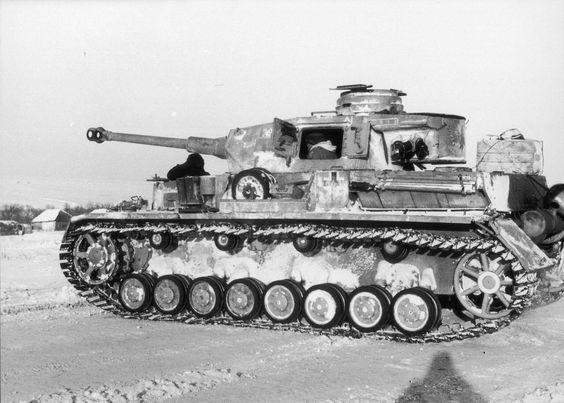 Panzer_IV_Stalingrad_worldwartwo.filminspector.com_1
