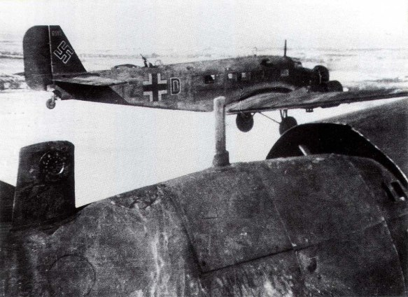junkers-ju-52-kgrzbv1-izdh-supply-duties-stalingrad-russia-1943-01