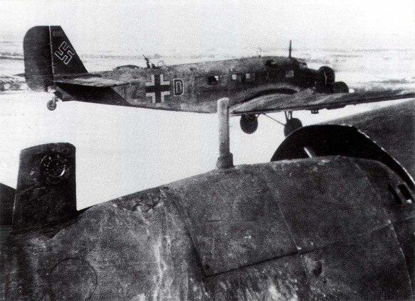 junkers-ju-52-kgrzbv1-izdh-supply-duties-stalingrad-russia-1943-01