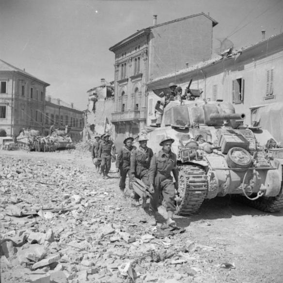the_british_army_in_italy_1945_na24246
